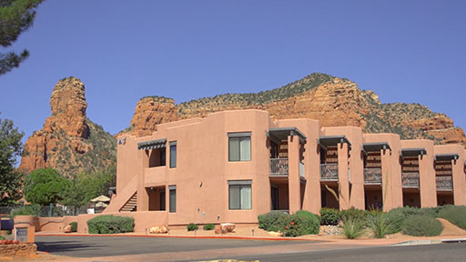 Stay at Bell Rock Inn